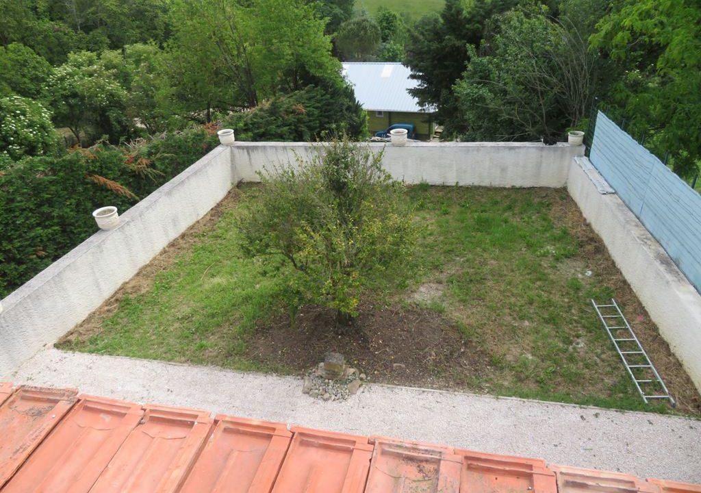 is 018 maison de village canton de rieumes vue terrasse