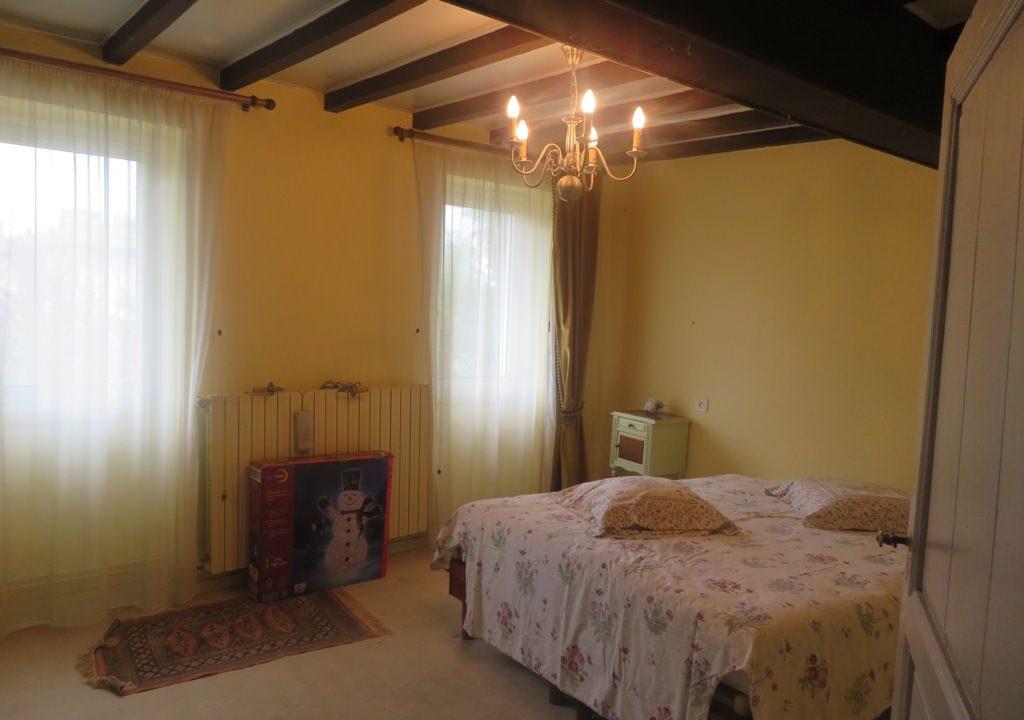 is 016 maison de village gers chambre etage 2
