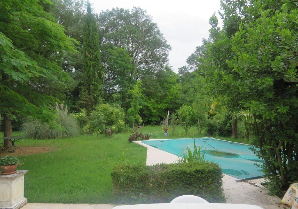 is 016 maison de village gers jardin 3 2