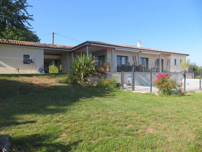 is 020 canton de rieumes facade sud 1