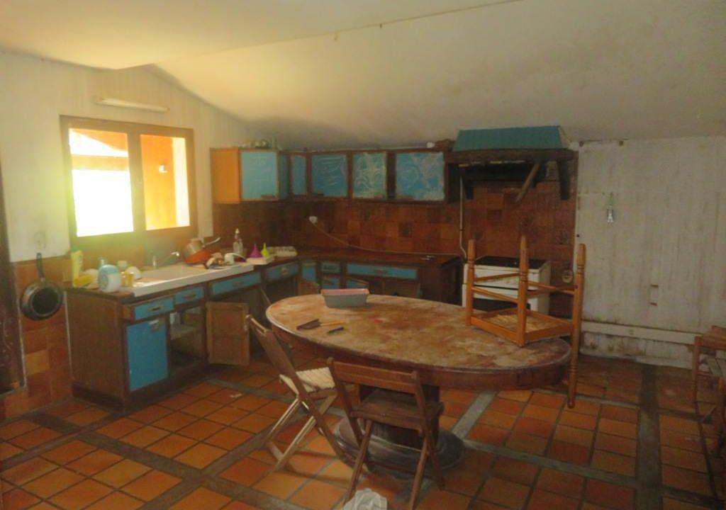 is 025 villa rieumes cuisine