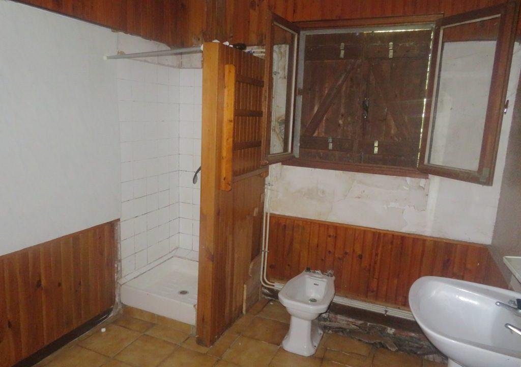 is 025 villa rieumes salle de bains