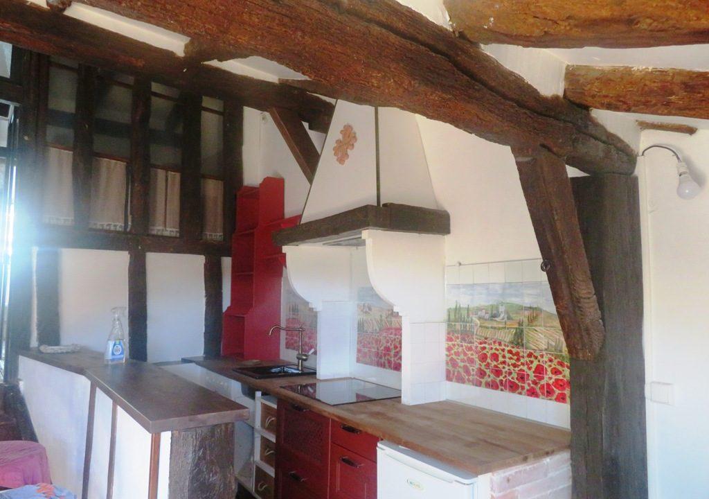is 018 maison de village rieumes centre cuisine dernier etage