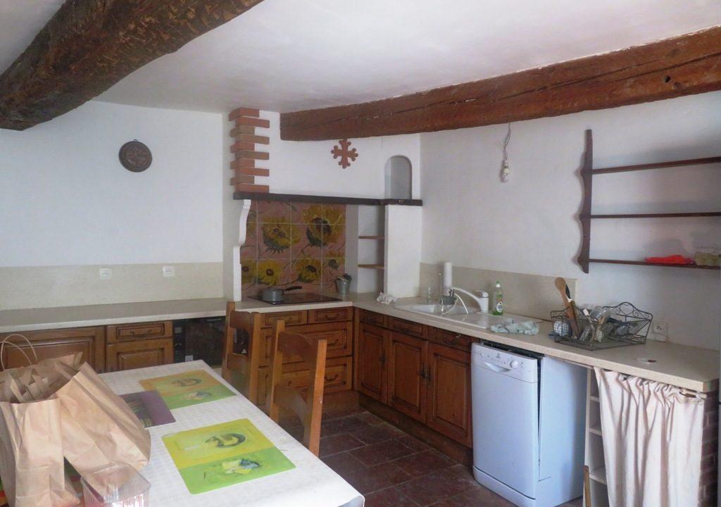 is 018 maison de village rieumes centre cuisine2